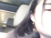 高颜值性感美女主播夜晚开着奔驰车去接粉丝网友路边玩车震,操的淫声浪语,太舒服没控制住被内射了,全程国语!