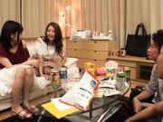 [SIS-051] 隔壁的姐姐和女性朋友2人让我和朋友SEX嗎? Vol.02 - 2of5