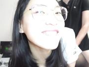 P站网红留学生『刘玥』最新自拍 骚气诱惑打游戏的男朋友 口硬了坐上去自己动表情很淫荡