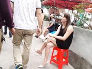 武汉城中村找了一大奶子站街女干一炮200