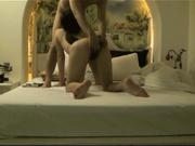 獨家推薦 極品女神級嫩模和男友啪啪性愛私拍流出 饑渴跪舔 各種姿勢爆操 雙穴全開體驗瘋狂的快感 720P高清無水印