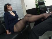 [JUFD-867] 淫語誘惑痴女~让我取乐的新人空姐~春菜はな - 2of5
