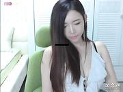 网络传说中的朴妮唛小师妹也出来表演了[MP4290MB]