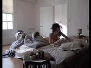 Angelina Jolie主演的电影,全裸出镜,屁股和奶子都不错,好货大家分享