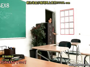 a1on1asachristian_1080 老师和学生在教室内做