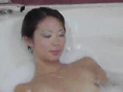 洗澡顺便自慰