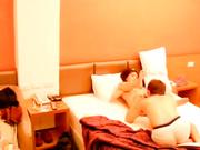 家境不错的小伙酒店开房电召个身材颜值不错的小姐普通话对白