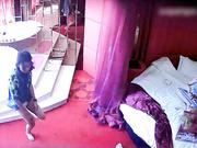 情趣酒店监控偷拍两个女同开房磨豆腐
