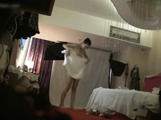 名门夜宴偷拍系列旅游小姐最佳人气奖模特黄X拍内衣广告被摄影师套路偷拍