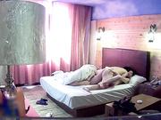 中午休息和老婆刚离异的大奶闺蜜旅馆开房啪啪内射她一逼720P无水印