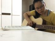禽兽音乐老师教少妇学员弹吉它搞到别人的奶子上脱了衣服按在椅子上啪啪720P高清无水印